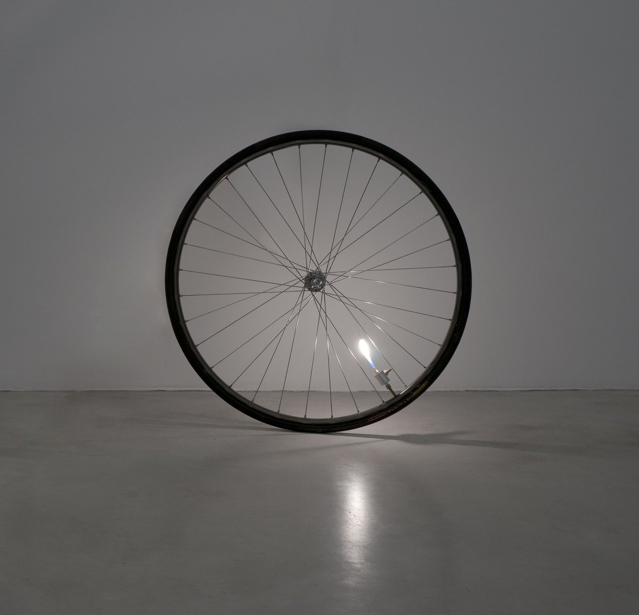 Ariel Schlesinger: Untitled (bicycle wheel)
