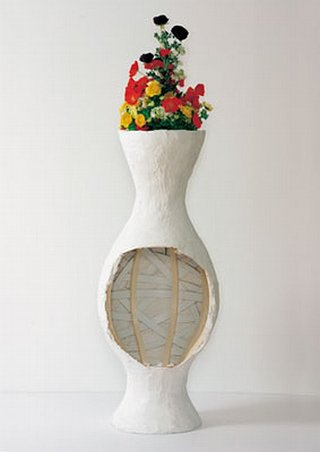 Catherine Sullivan: Alex vase (with flowers)